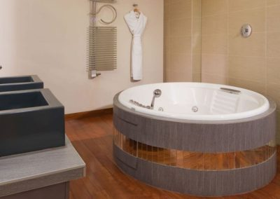 Mamaison-Hotel-Pokrovka-Moscow-One-bedroo-Exceptional-Suite-Bathroom