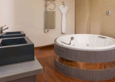 Mamaison Hotel Pokrovka Moscow One-bedroo Exceptional Suite Bathroom